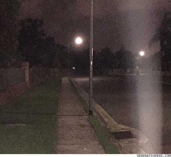 going-home-street-light