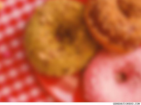 blurry donuts